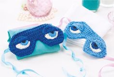 FREE PATTERN: These quirky sleepmasks are inspired by the sleep mask that Holly Golightly wears in Breakfast at Tiffany's. Each mask is made up from a number of separate components which use only simple stitches, making this a satisfyingly fast project!