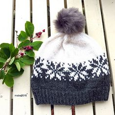 snowflake pattern hat pattern with matching mitten pattern - $4.65