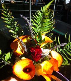 Bouquet di calle, lavanda, gardenie e felci