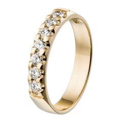 Kalevala Koru / Kalevala Jewelry /  Auringonsäde-sormus 7 x 0,06 ct / 18K keltakulta tai valkokulta / #sormuskertootarinaa