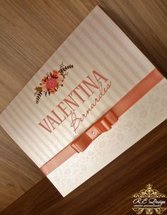colecao-royal-15-anos-convite                                                                                                                                                                                 Mais Sweet 16 Invitations, Wedding Invitations, Invites, Ideas Para Fiestas, I Party, Birthday Party Decorations, Save The Date, Pink And Gold, Bridal Shower