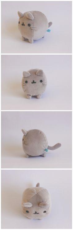 Mini gatito bola.