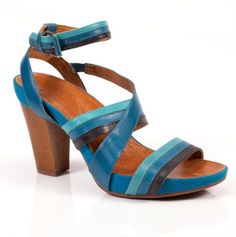 Naya Footwear
