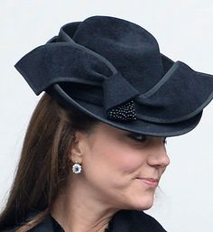 Duchess Kate: The Cambridges Jet to Mustique, Vote for Kate's Best Hat & More! It was a repeated black Jane Corbett hat for Remembrance Sunday.