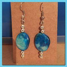 Blauwe/zilvere oorbellen handmade