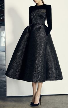 Alex Perry ready-to-wear autumn / winter & # 17 / & # 18 – Vogue Australia – Dance Clothing and Footwear Elegant Dresses, Pretty Dresses, Beautiful Dresses, Pretty Outfits, Couture Fashion, African Fashion, Ghanaian Fashion, African Wear, African Style