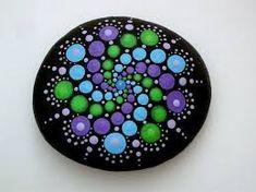 30+ Rock Mandala Stone Patterns Ideas #Colourful #PaintedStone #DIY #MandalaStone #Rock #Template # Ideas