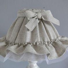 Abat jour lin et tulle blanc avec noeud et froufrou