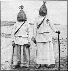 """From the """"The Secret Museum of Mankind"""". The straw boys are a centuries old tradition in western, rural Ireland. They crash weddings and wakes to sing, dance and commit acts of """"buffoonery"""". Straw boys continue to crash wedding to this day. Old Photos, Vintage Photos, Weird And Wonderful, Portrait Photo, Photo Art, Historical Photos, Folklore, Retro, Museum"""