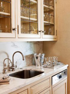 Trendy Kitchen Island With Sink And Dishwasher Butler Pantry Ideas Kitchen Island With Sink And Dishwasher, Sink In Island, Kitchen And Bath, European Kitchens, Home Kitchens, Kitchen Pantry, Kitchen Cabinets, Kitchen Ideas, Pantry Cupboard