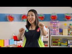 GUARDA TUS JUGUETES (Cumbia) - ¡Canta, Maestra! - YouTube Karaoke, Youtube, Pre School, Frases, Preschool Songs, Music Class, Kids Education, Nursery Rhymes, Activities For Kids
