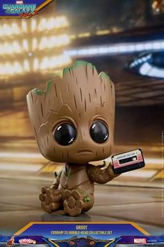 Hot Toy have revealed their line of Guardians of the Galaxy Vol. 2 Cosbaby bobble-head figures including a Baby Groot three pack! Baby Groot, Groot Toy, Art Disney, Disney Kunst, Cute Disney Wallpaper, Cute Cartoon Wallpapers, Cute Animal Drawings, Cute Drawings, Disney Mignon