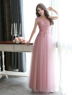 Modest Scoop Neck Tulle Pearl Detailing Lace-up Floor-length Prom Dresses in UK