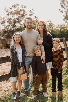 Family photos at their home farm by Sonia V Photography. Fall colours, outfits for red heads. Three kids, three horses, 12 chickens, and a dog.