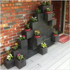 10 Awesome Ideas to Design a Cinder Block Garden | Peaceful ...