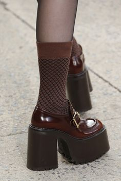 See all the Details photos from Marc Jacobs Autumn/Winter 2017 Ready-To-Wear now on British Vogue Dr Shoes, Sock Shoes, Me Too Shoes, Shoes Heels, Aesthetic Shoes, Aesthetic Clothes, Pretty Shoes, Cute Shoes, Looks Style