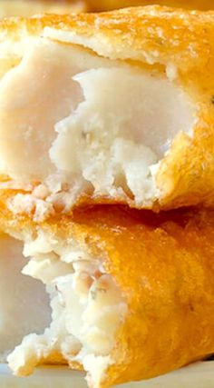 fish recipes Learn The Secret To Super Crispy Fish and Chips ~ After years of experimenting Ive perfected my homemade version of fish and chips that uses part rice flour in the batter recipe for guaranteed crunch. Cod Fish Recipes, Fried Fish Recipes, Seafood Recipes, Pan Fried Haddock Recipes, Best Fried Fish Recipe, Fish And Chips Batter, Deep Fried Fish Batter, Best Fish Batter, Crispy Fish Batter