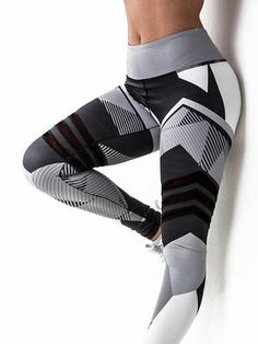 Feel trendy and radical with these Proactive Gym Leggings. These leggings will make you feel great during any workout, indoors and outdoors. Prime Desire leggings are always the most popular. Yoga Leggings, Mode Des Leggings, Leggings Are Not Pants, Yoga Pants, Print Leggings, Pattern Leggings, Ladies Leggings, Cheap Leggings, Leggings Sale