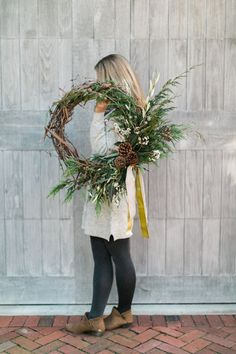 DIY holiday wreath p