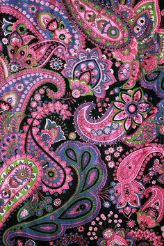 :: lovely paisley design :: Much overlap and detail here, besides vivid coloring on black