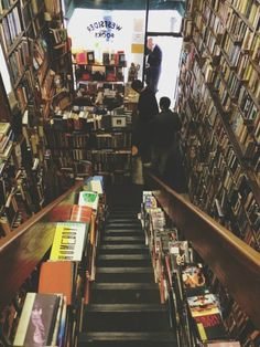 I would live in that bookstore, seriously.