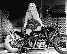 Brigitte Bardot /Harley Davidson