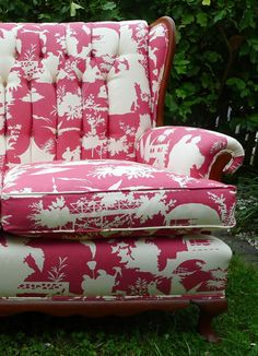 Bright, pink, cheery and comfy <3  From belle maison
