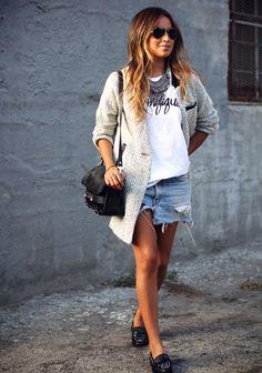 Camisa e saia jeans
