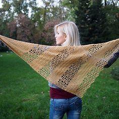 Lace diagonals shawl, crochet in sock.