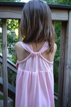 knit summer dress tutorial - along with great tips on binding with knit