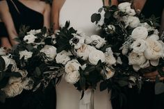 Wedding Bouquets Black and White Modern Wedding Day. - With its modern flair and inviting atmosphere, the South Congress Hotel will leave you with inspiration for a sophisticated modern wedding day. White Wedding Decorations, White Wedding Bouquets, Wedding Flower Arrangements, Floral Wedding, Wedding Colors, Wedding Day, Floral Bouquets, Dream Wedding, Modern Wedding Flowers