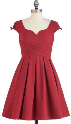 modcloth nominee of the night dress, size S! Worn once. BARELY altered to accommodate a larger bust (it's completely unnoticeable. Just too small for me now! Retro Vintage Dresses, Vintage Outfits, Red Bridesmaid Dresses, Bridesmaids, Red Cocktail Dress, Mod Dress, Dress Me Up, Dress Red, Pretty Outfits