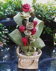 Flax Flower Table Arrangement TA001 by FabulousFlax on Etsy, $59.00 Diy Wedding Decorations, Flower Decorations, Wedding Ideas, Floral Bags, Art Floral, New Zealand Flax, Flax Weaving, Flax Flowers, Maori Designs