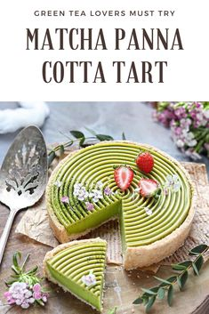 Here's one of our favorite vegan panna cotta tart recipes that you can try for this weekend. if you're looking for a gluten free and refined sugar free tart recipes you must try this! Matcha, Köstliche Desserts, Dessert Recipes, Plated Desserts, Tart Recipes, Vegan Recipes, Vegan Panna Cotta, Cupcake Cakes, Cupcakes