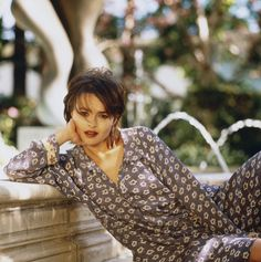 Helena Bonham Carter photographed by Amy C. Helena Carter, Helena Bonham Carter, Mrs Lovett, Helen Bonham, Johnny Depp Movies, Bellatrix Lestrange, Style Icons, Persona, Beautiful People