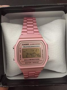 Casio Vintage Watch, Casio Watch, Vintage Watches, Dream Watches, Luxury Watches, Ear Jewelry, Jewelry Accessories, Casio Gold, Classy Winter Outfits