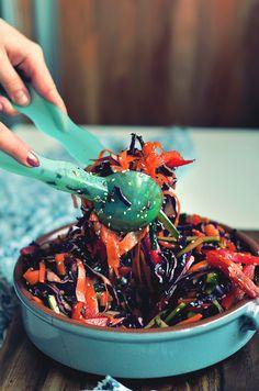 Red Cabbage Salad, Healthy Dishes, Japchae, Food Porn, Good Food, Food And Drink, Menu, Vegetables, Cooking
