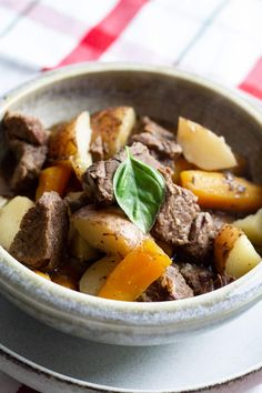 If you are new to Pressure Cooking, this Easy Instant Pot Beef Stew is the best recipe to make in your Instapot. Comforting and delicious, it's a simple weeknight meal your family will love. #instapot #pressurecooking #instantpot #beefstew #comfortfood #easymeals #weeknightmealideas #snugandcozylife Healthy Beef Recipes, Potluck Recipes, Yummy Recipes, Pressure Cooker Recipes, Pressure Cooking, Perfect Beef Tenderloin, Beef Marinade, Grilled Beef