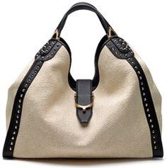 I love this in a different color I would rock this foreve - Gucci Bag - Ideas of Gucci Bag - Gucci Womens Bags. I love this in a different color I would rock this forever. Love this Gucci bag . Gucci Purses, Gucci Handbags, Handbags Online, Handbags Michael Kors, Fashion Handbags, Tote Handbags, Purses And Handbags, Fashion Bags, Gucci Bags