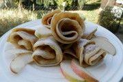 Nebaví Vás připravovat jednohubky na oslavu? Vyzkoušejte připravit rolky z tortily, je to jednodušší, rychlejší a podle mě i chutnější. Nigella, Kefir, Pancakes, Tacos, Food And Drink, Mexican, Sugar, Cookies, Breakfast
