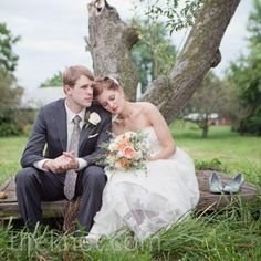 A Vintage Casual Wedding in Lee's Summit, MO