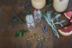 Homemade Natural Beauty Products – Herb-Infused Grapefruit Face Toner | Free People Blog #freepeople Going Natural, Be Natural, Toner For Face, Facial Toner, Homemade Toner, Nature Photography Flowers, Nature Inspired Wedding, Natural Beauty Recipes, Free People Blog
