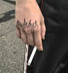 Top Amazing Ideas For Finger Tattoos ★ Flame Tattoos, Dope Tattoos, Mini Tattoos, Unique Tattoos, Body Art Tattoos, Small Tattoos, Tattoos For Guys, Tattoos For Women, Tatoos