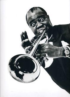 Louis Amstrong et sa gigantesque trompette  by Philippe HALSMAN/ Magnum