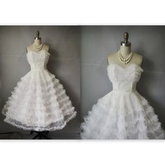 50's Wedding Dress // Vintage 1950's White Tulle Lace Strapless Wedding Dress Gown