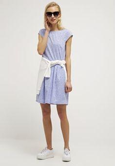 Jurken Opus WOLANTHA - Korte jurk - easy blue Lichtblauw: € 59,95 Bij Zalando (op 15-4-16). Gratis bezorging & retournering, snelle levering en veilig betalen!
