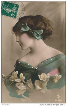 Seller Pierrot41 / Postcards > Topics > Fancy cards > Women - Delcampe.net