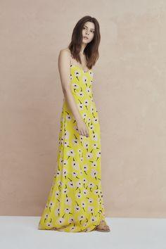 #Kleid #SommerSonne #Mode Dresses, Fashion, La Mode, Spring Summer, Curve Dresses, Gowns, Moda, Dress, Fasion