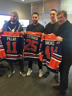 Toronto Blue Jays Kevin Pillar, Marco Estrada and Aaron Sanchez meet hockey legend Wayne Gretzky in Edmonton during the Jays 2016 Winter Tour Kevin Pillar, Hockey, Baseball, Wayne Gretzky, 2016 Winter, Go Blue, Toronto Blue Jays, Cool Words, Army