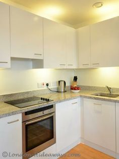 Kitchen Furnished Apartments, One Bedroom, Kitchen Cabinets, Skyline, King, Flooring, Modern, Home Decor, Pearls